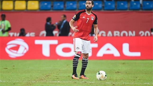 بعد أزمة شارة القيادة.. أحمد فتحي حزين جداً وسوف يعتذر عن المشاركة في المنتخب